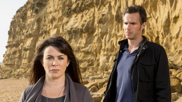 Broadchurch-2-James-DArcy-Eve-Myles-600x337